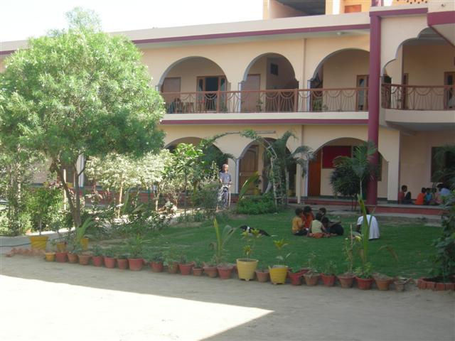 Bal Ashram 3